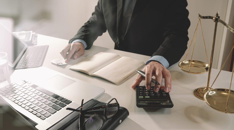 , Калькулятор неустойки ДДУ, Юридическая компания по спорам с застройщиками.