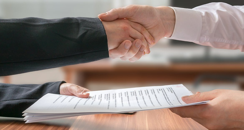 , Покупка квартиры по переуступке ДДУ: как правильно оформить сделку?, Юридическая компания по спорам с застройщиками.